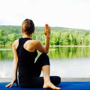 Drehhaltung Yoga