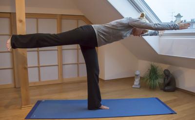 Yoga Übung: Held III