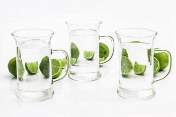 Stoffwechsel anregen - Wasser trinken