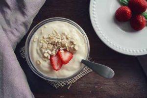 Vitamine in Milchprodukten und Haferflocken