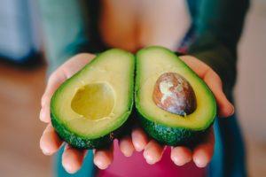 Avocados mit gesunden Fetten